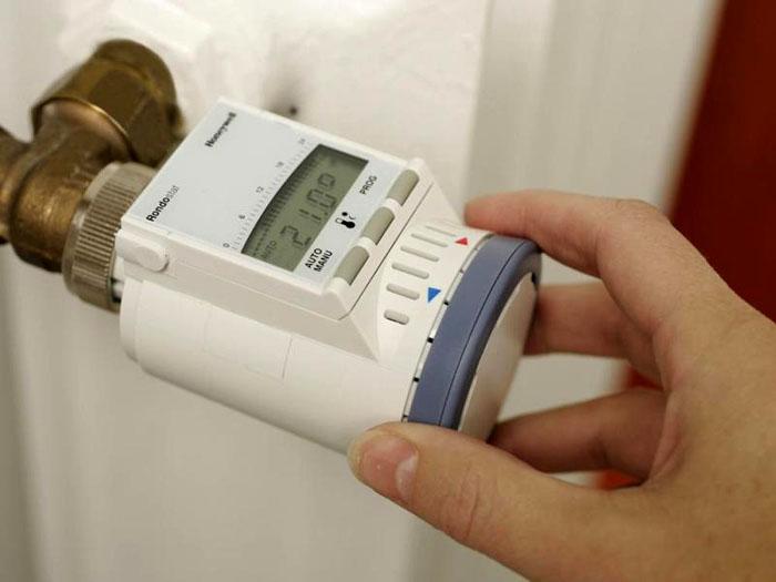 Электронная модель терморегулятора